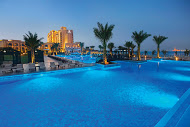doubletree_by_hilton_resort___spa_marjan_island_villa_pool_night